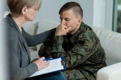Военнослужащий у врача