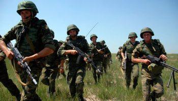 Военнослужащие по контракту