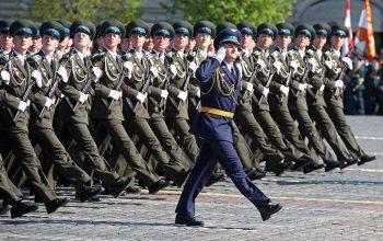 Обязанности военнослужащего в строю